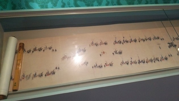 第1展示館内にある朝鮮通信使を描いた絵巻物(2016年6月撮影)