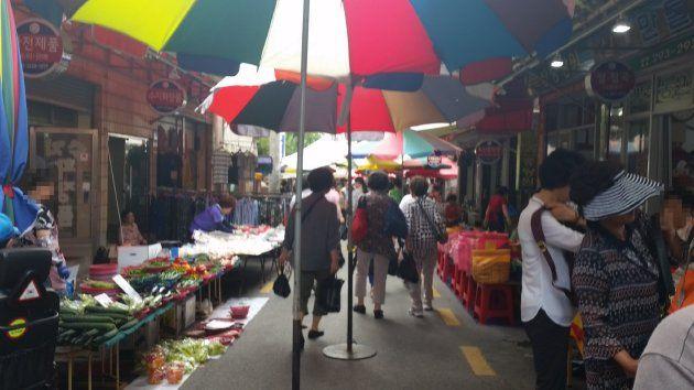 下端五日常設市場内の風景(2018年7月撮影)